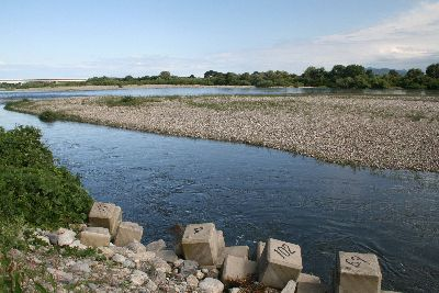 荒川鮭釣り18番ポイント.jpg