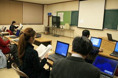 勉強会の様子.jpg
