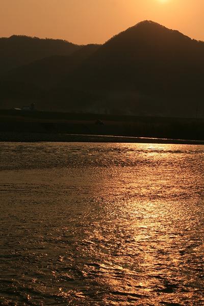 荒川の朝.jpg