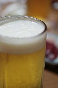 祝杯のビール.jpg