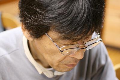 老眼鏡のマコト.jpg